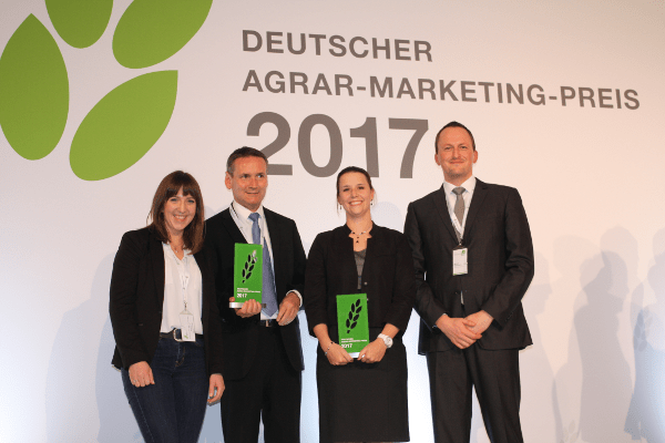 JOSERA Marketing employees receive Marketing Award 2017